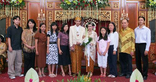 Staf YLSA di Pernikahan Ratri 1